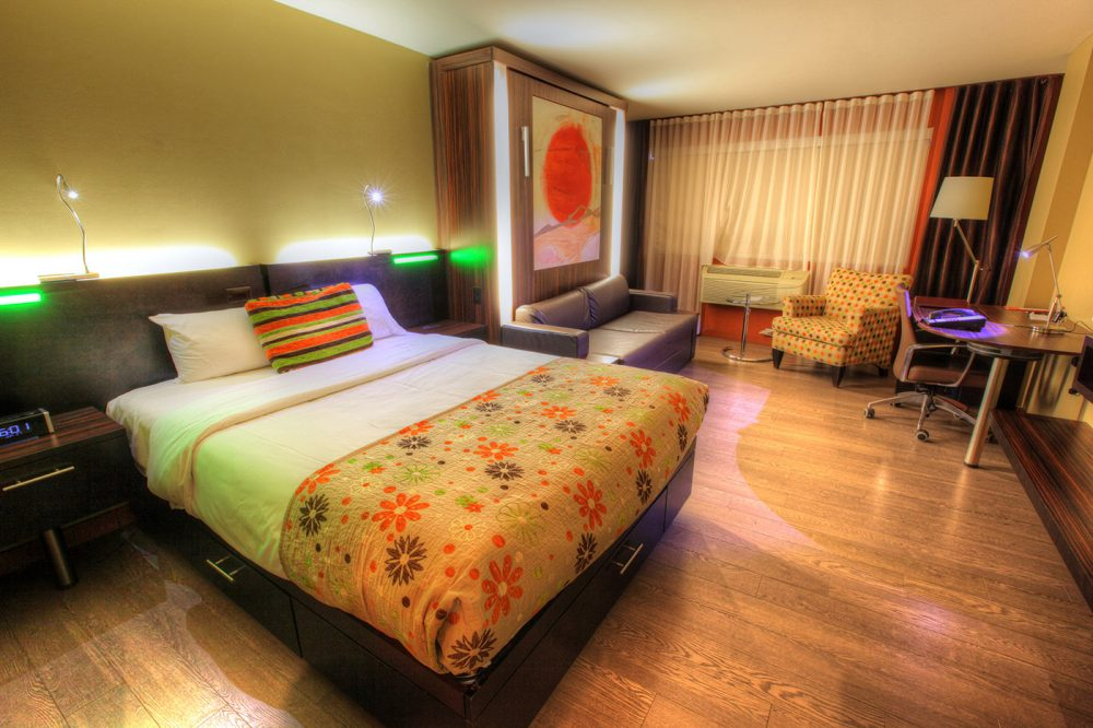 Colorful-Hotel-Room Image
