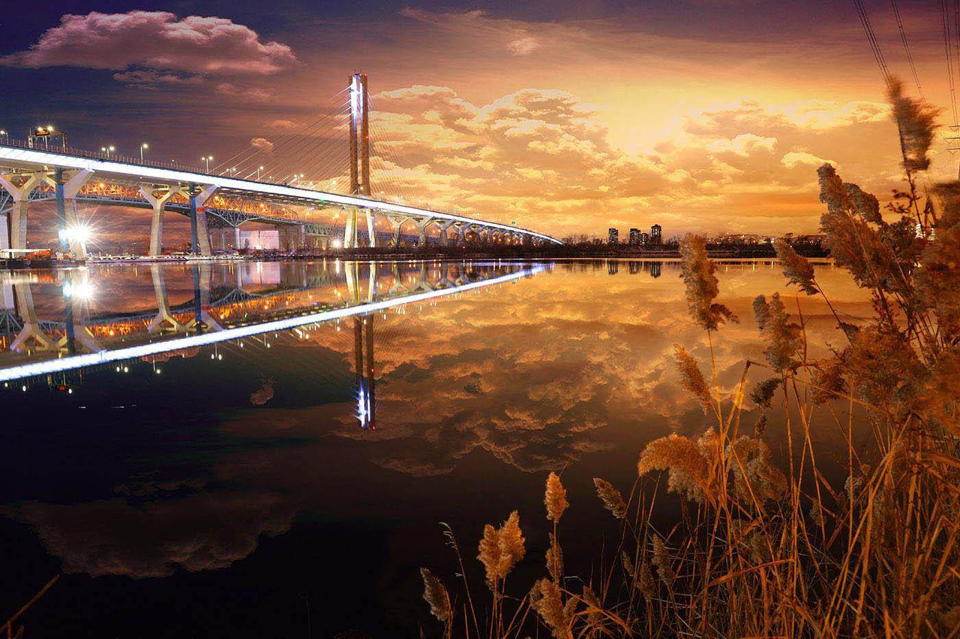 New Champlain Bridge in Montreal City - Stock Photo